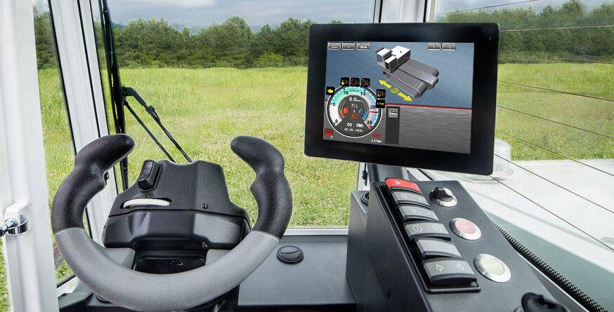 Das Cockpit des Geräteträgers PowerBully 18T